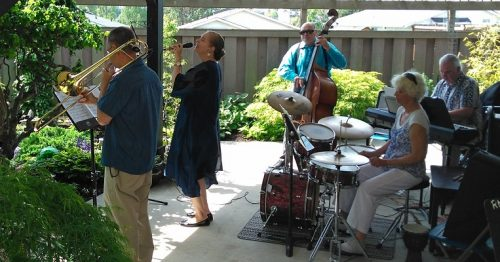 The VCM Adult Jazz Combos are comprised of instrumentalists and a vocalist. They perform jazz and contemporary songs.